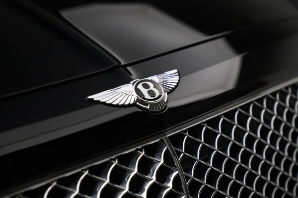Used 2018 Bentley Bentayga Onyx Edition for sale Call for price at Bugatti of Greenwich in Greenwich CT 06830 14