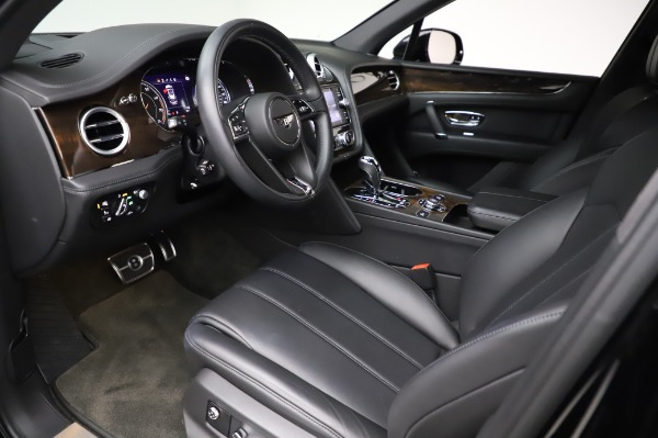 Used 2018 Bentley Bentayga Onyx Edition for sale Call for price at Bugatti of Greenwich in Greenwich CT 06830 17