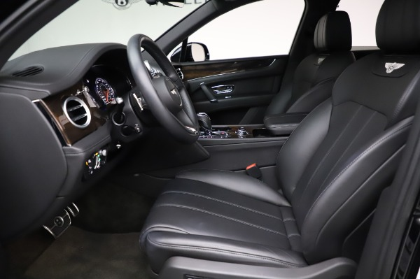 Used 2018 Bentley Bentayga Onyx Edition for sale Call for price at Bugatti of Greenwich in Greenwich CT 06830 18