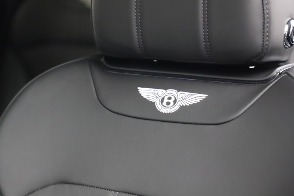 Used 2018 Bentley Bentayga Onyx Edition for sale Call for price at Bugatti of Greenwich in Greenwich CT 06830 20