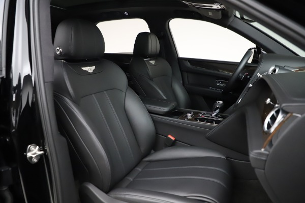 Used 2018 Bentley Bentayga Onyx Edition for sale Call for price at Bugatti of Greenwich in Greenwich CT 06830 27