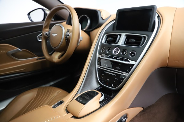 Used 2018 Aston Martin DB11 V8 for sale $151,900 at Bugatti of Greenwich in Greenwich CT 06830 19