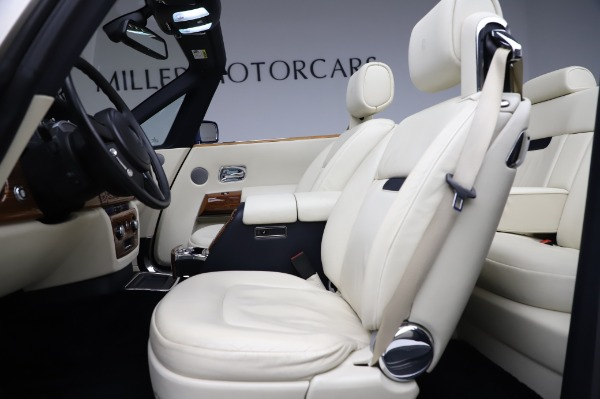 Used 2009 Rolls-Royce Phantom Drophead Coupe for sale $219,900 at Bugatti of Greenwich in Greenwich CT 06830 21