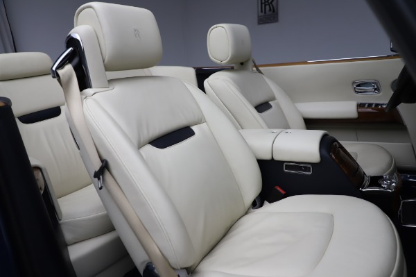 Used 2009 Rolls-Royce Phantom Drophead Coupe for sale $219,900 at Bugatti of Greenwich in Greenwich CT 06830 26