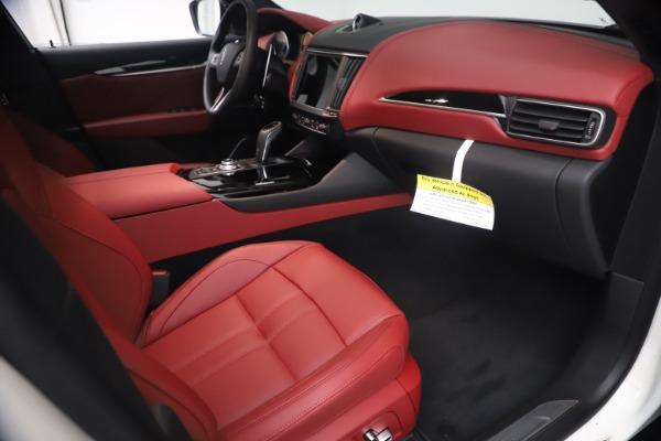 New 2021 Maserati Levante Q4 GranSport for sale $92,485 at Bugatti of Greenwich in Greenwich CT 06830 21