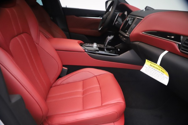 New 2021 Maserati Levante Q4 GranSport for sale $92,485 at Bugatti of Greenwich in Greenwich CT 06830 22