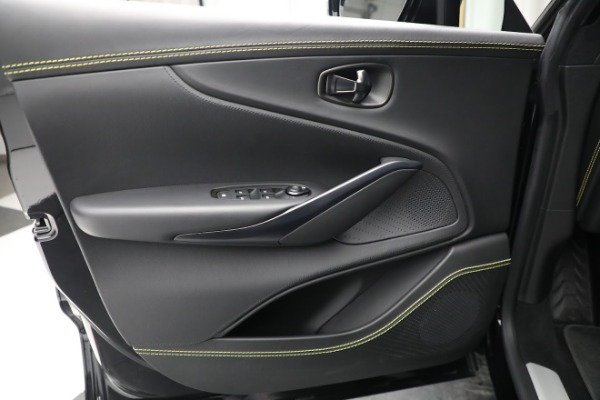 New 2021 Aston Martin DBX for sale $209,686 at Bugatti of Greenwich in Greenwich CT 06830 17