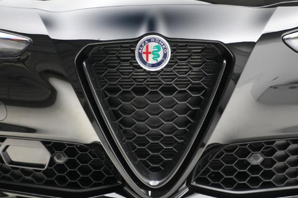 New 2021 Alfa Romeo Giulia Q4 for sale Sold at Bugatti of Greenwich in Greenwich CT 06830 13