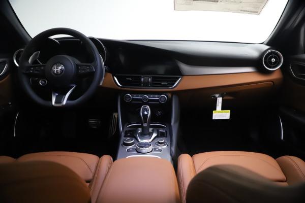 New 2021 Alfa Romeo Giulia Ti Sport Q4 for sale $54,050 at Bugatti of Greenwich in Greenwich CT 06830 16