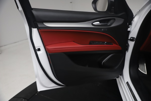 New 2021 Alfa Romeo Stelvio Ti Sport Q4 for sale $54,095 at Bugatti of Greenwich in Greenwich CT 06830 17