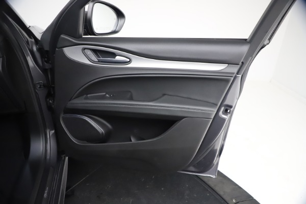 New 2021 Alfa Romeo Stelvio Ti Sport Q4 for sale $57,200 at Bugatti of Greenwich in Greenwich CT 06830 20