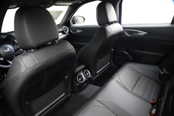 New 2021 Alfa Romeo Giulia Ti Sport Q4 for sale $53,750 at Bugatti of Greenwich in Greenwich CT 06830 17