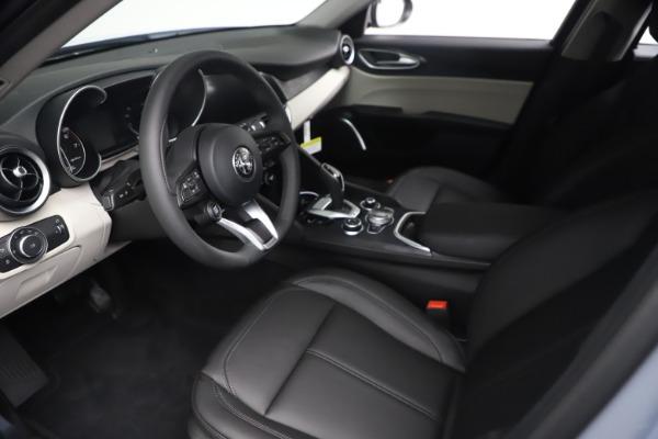 New 2021 Alfa Romeo Giulia Q4 for sale $48,245 at Bugatti of Greenwich in Greenwich CT 06830 14