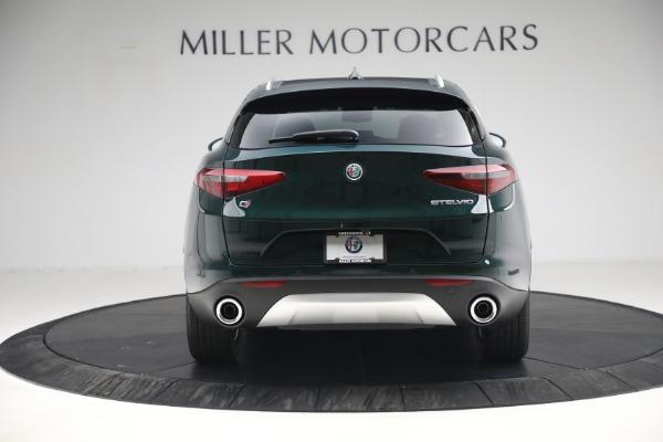 New 2021 Alfa Romeo Stelvio Q4 for sale $50,445 at Bugatti of Greenwich in Greenwich CT 06830 6