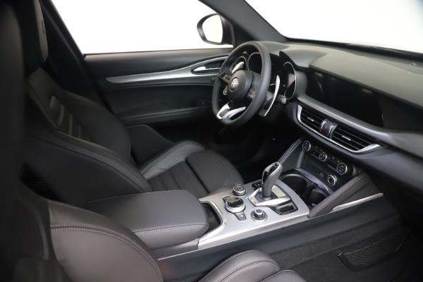 New 2021 Alfa Romeo Stelvio Ti Sport Q4 for sale Sold at Bugatti of Greenwich in Greenwich CT 06830 19
