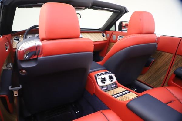 Used 2016 Rolls-Royce Dawn for sale $269,900 at Bugatti of Greenwich in Greenwich CT 06830 24