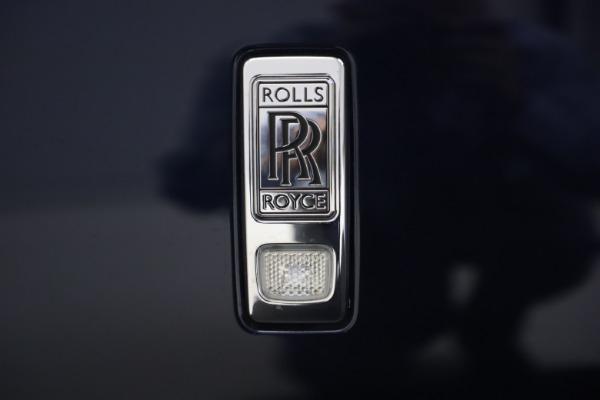 Used 2016 Rolls-Royce Dawn for sale $269,900 at Bugatti of Greenwich in Greenwich CT 06830 26
