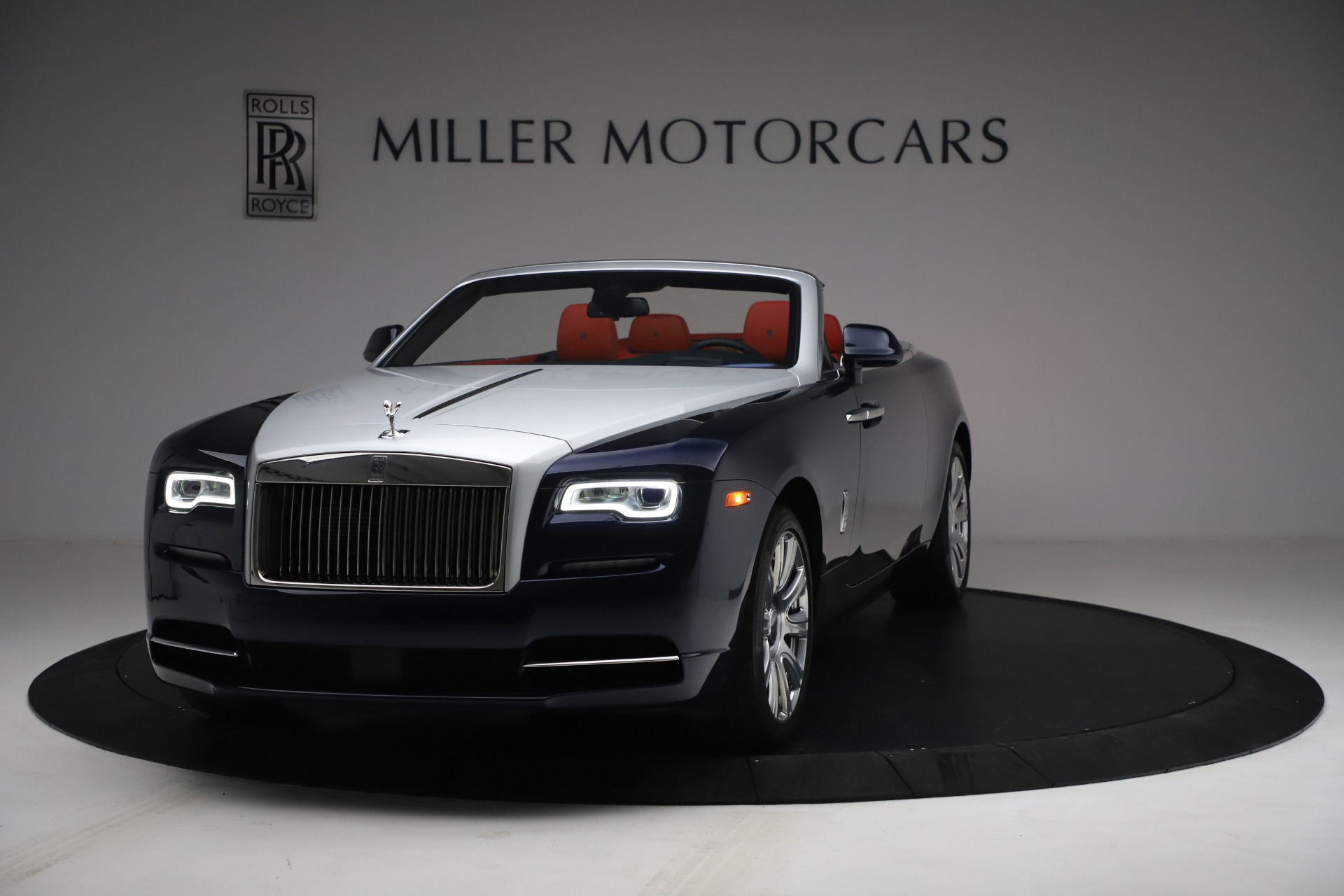 Used 2016 Rolls-Royce Dawn for sale $269,900 at Bugatti of Greenwich in Greenwich CT 06830 1