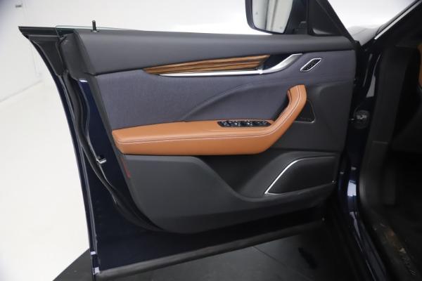 New 2021 Maserati Levante Q4 GranLusso for sale $93,385 at Bugatti of Greenwich in Greenwich CT 06830 16