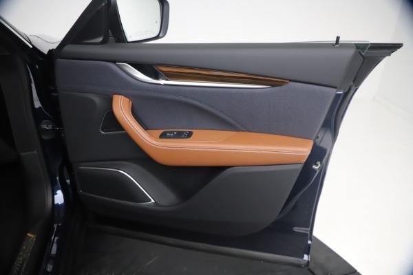 New 2021 Maserati Levante Q4 GranLusso for sale $93,385 at Bugatti of Greenwich in Greenwich CT 06830 23