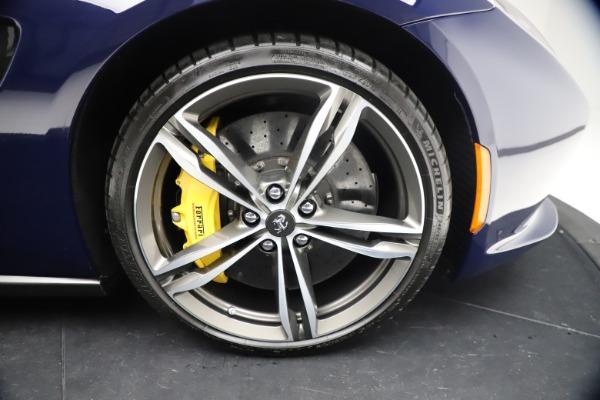 Used 2018 Ferrari GTC4Lusso for sale $289,900 at Bugatti of Greenwich in Greenwich CT 06830 26