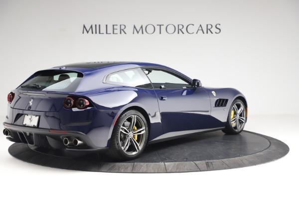 Used 2018 Ferrari GTC4Lusso for sale $289,900 at Bugatti of Greenwich in Greenwich CT 06830 8
