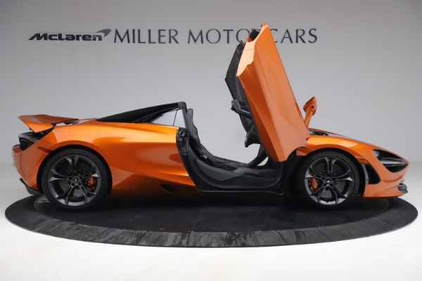Used 2020 McLaren 720S Spider for sale $335,900 at Bugatti of Greenwich in Greenwich CT 06830 21