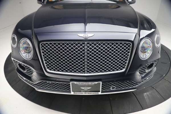 Used 2018 Bentley Bentayga W12 Signature for sale $149,900 at Bugatti of Greenwich in Greenwich CT 06830 13