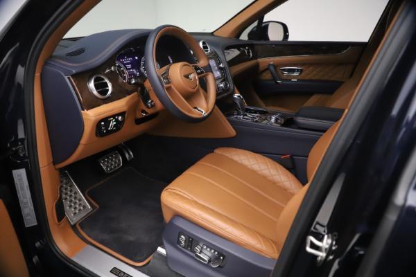Used 2018 Bentley Bentayga W12 Signature for sale $149,900 at Bugatti of Greenwich in Greenwich CT 06830 17