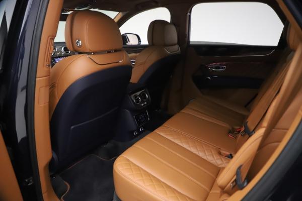 Used 2018 Bentley Bentayga W12 Signature for sale $149,900 at Bugatti of Greenwich in Greenwich CT 06830 21