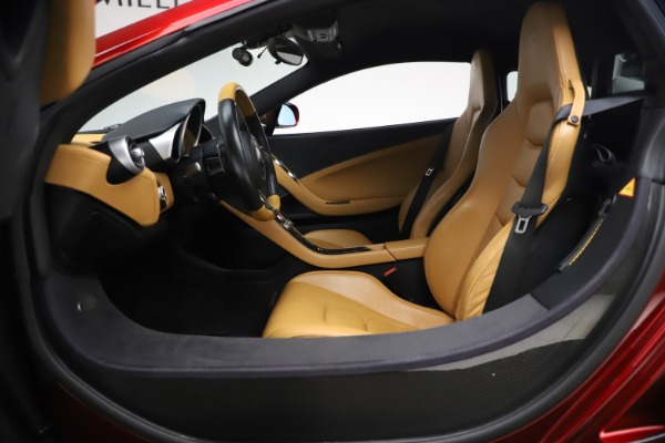 Used 2012 McLaren MP4-12C for sale Call for price at Bugatti of Greenwich in Greenwich CT 06830 16