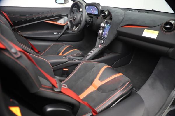 New 2021 McLaren 720S Spider for sale $366,670 at Bugatti of Greenwich in Greenwich CT 06830 26