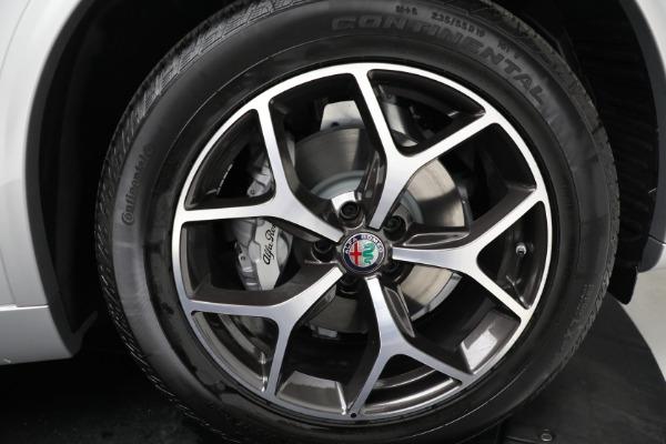 New 2021 Alfa Romeo Stelvio Ti Q4 for sale Sold at Bugatti of Greenwich in Greenwich CT 06830 19