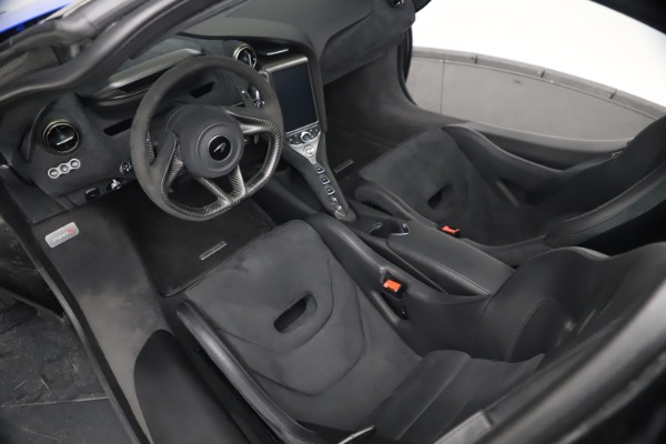 Used 2020 McLaren 720S Performace for sale $334,990 at Bugatti of Greenwich in Greenwich CT 06830 26