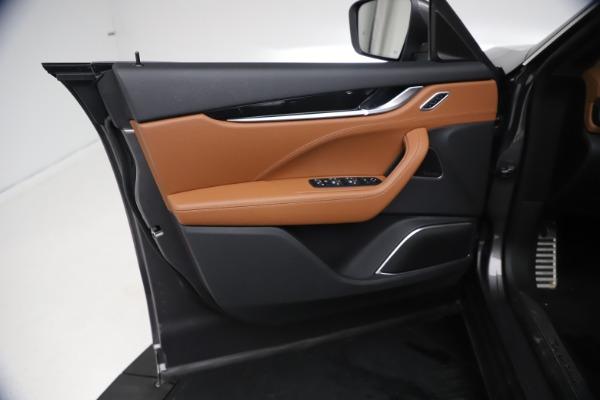 New 2021 Maserati Levante GranSport for sale $73,900 at Bugatti of Greenwich in Greenwich CT 06830 16