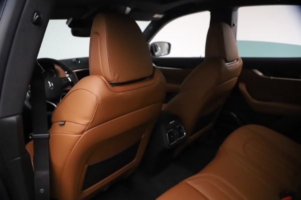 New 2021 Maserati Levante GranSport for sale $73,900 at Bugatti of Greenwich in Greenwich CT 06830 17