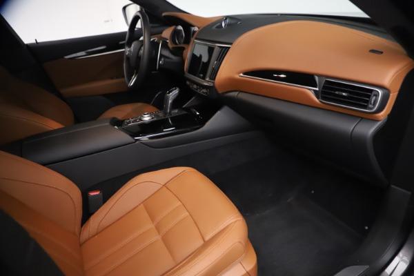 New 2021 Maserati Levante GranSport for sale $73,900 at Bugatti of Greenwich in Greenwich CT 06830 21