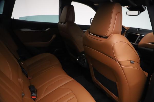 New 2021 Maserati Levante GranSport for sale $73,900 at Bugatti of Greenwich in Greenwich CT 06830 24