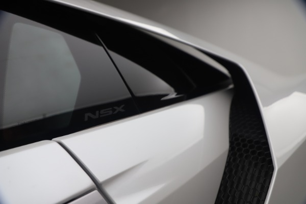 Used 2017 Acura NSX SH-AWD Sport Hybrid for sale $139,900 at Bugatti of Greenwich in Greenwich CT 06830 22