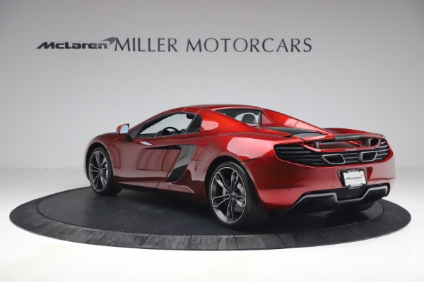 Used 2013 McLaren MP4-12C Spider for sale $134,900 at Bugatti of Greenwich in Greenwich CT 06830 26