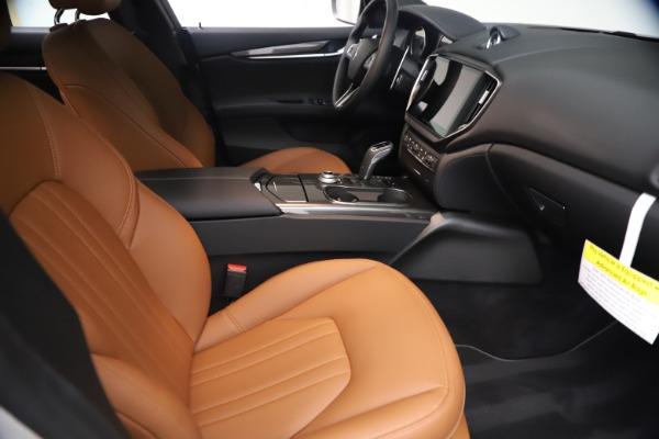 New 2021 Maserati Ghibli SQ4 for sale $85,804 at Bugatti of Greenwich in Greenwich CT 06830 24