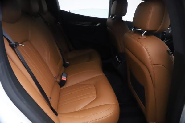 New 2021 Maserati Ghibli SQ4 for sale $85,804 at Bugatti of Greenwich in Greenwich CT 06830 27