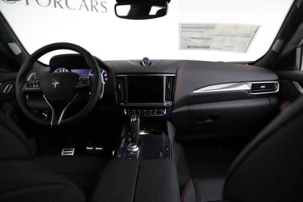 New 2021 Maserati Levante GTS for sale $138,385 at Bugatti of Greenwich in Greenwich CT 06830 23