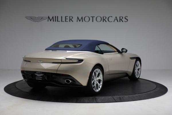 Used 2019 Aston Martin DB11 Volante for sale $209,900 at Bugatti of Greenwich in Greenwich CT 06830 28