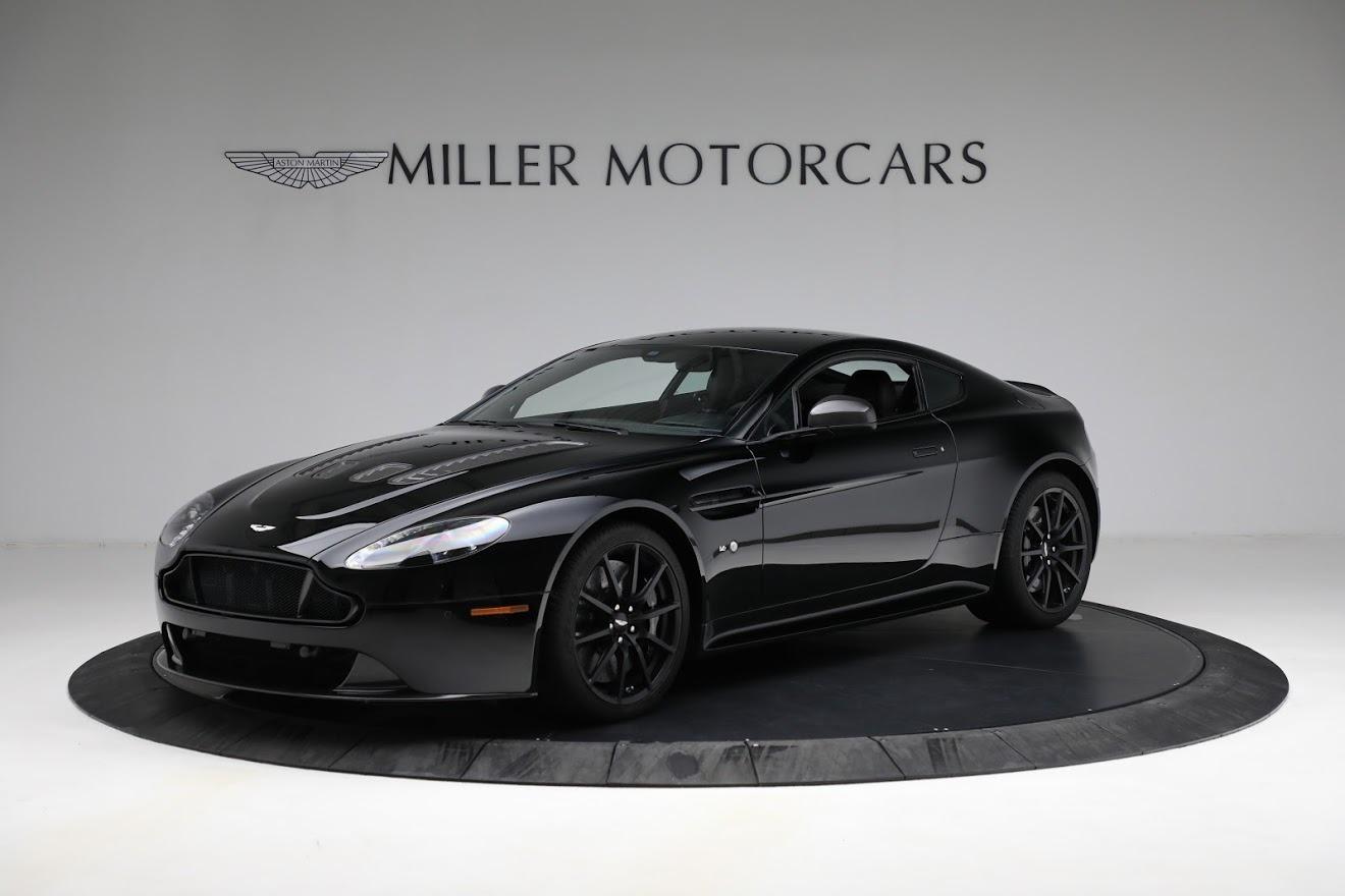 Used 2015 Aston Martin V12 Vantage S for sale $119,900 at Bugatti of Greenwich in Greenwich CT 06830 1