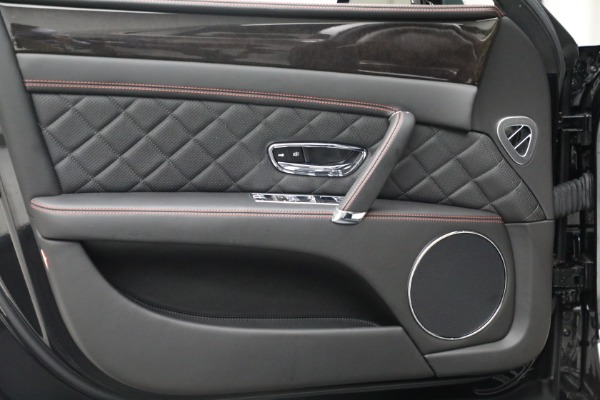 Used 2017 Bentley Flying Spur V8 for sale $136,900 at Bugatti of Greenwich in Greenwich CT 06830 16