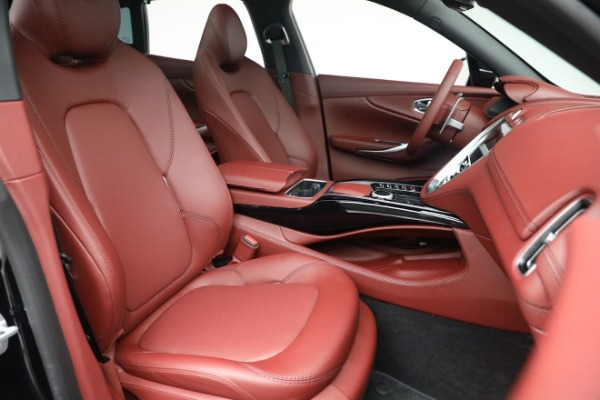 New 2021 Aston Martin DBX for sale $200,686 at Bugatti of Greenwich in Greenwich CT 06830 21