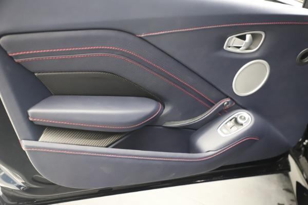 New 2021 Aston Martin Vantage for sale $189,686 at Bugatti of Greenwich in Greenwich CT 06830 17