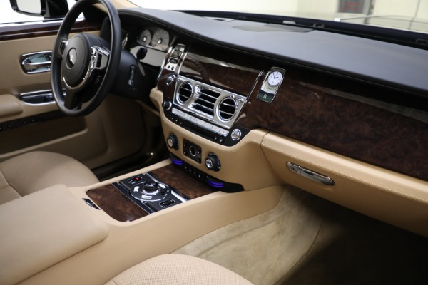 Used 2011 Rolls-Royce Ghost for sale Call for price at Bugatti of Greenwich in Greenwich CT 06830 13