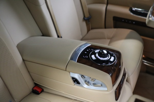 Used 2011 Rolls-Royce Ghost for sale Call for price at Bugatti of Greenwich in Greenwich CT 06830 21